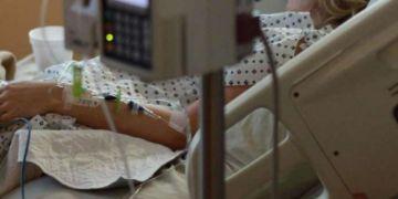 """""""Con que un día tengamos dos camas, es una esperanza"""": Hospitales esperan que se consolide baja de casos"""