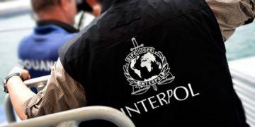 Interpol Bolivia tramita búsqueda internacional de excomandantes y otras exautoridades