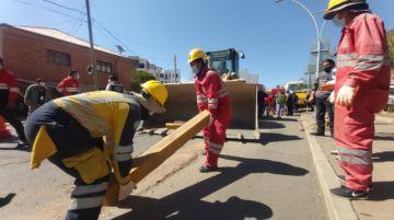 Comienza el retiro de bordillos de la ciclovía en Sucre