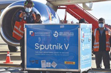 Sputnik V: Auza descarta cumplir 180 días para aplicar segundas dosis