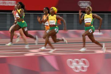 Thompson-Herah y Jamaica deslumbran en los 100 metros femeninos