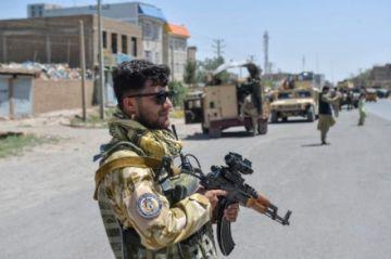 """EEUU y Reino Unido acusan a los talibanes de haber """"masacrado"""" a decenas de civiles"""