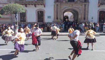 Sucre: Música, danza y museos en el primer domingo de peatonalización del centro histórico