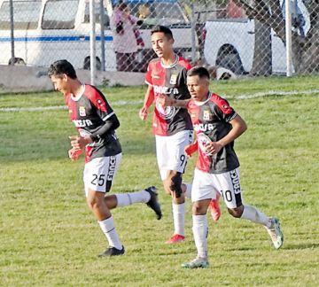 Al rojo vivo, la pelea por la clasificación a la Copa Simón Bolívar en Chuquisaca