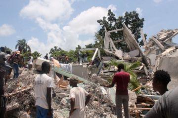 Saldo de víctimas por sismo en Haití sube a 724 muertos