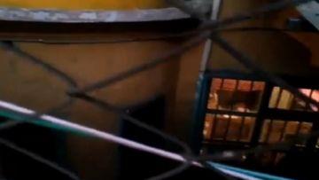 Tensión en Miraflores: Guerra de cánticos por Áñez entre quienes hacen vigilia y las reclusas