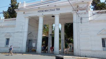 El nuevo horario de apertura del Cementerio de Sucre de los domingos