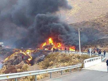 Potosí: Un camión cisterna explota en la vía a Cuchu Ingenio
