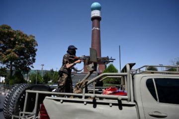 Gobierno talibán se estrena en medio de recelo internacional y protestas en Afganistán