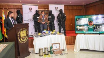 Gobierno presenta al presunto autor de la explosión en el centro de La Paz