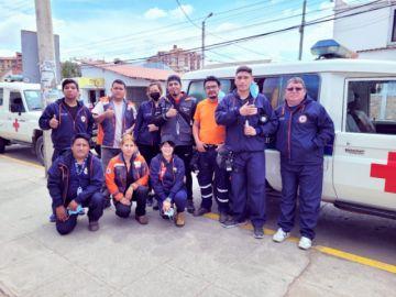Médicos y voluntarios parten a El Palmar para reforzar lucha contra el fuego