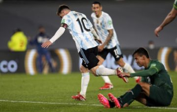 Bolivia cae vapuleada por Argentina en una gran noche de Messi