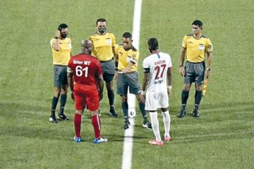 El vicepresidente de Surinam juega duelo de Concacaf