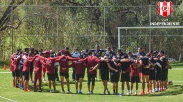 Jugadores de Independiente solucionan conflicto y volverán a los entrenamientos