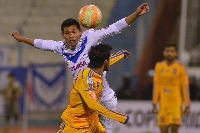 San José complica su existencia en la Copa