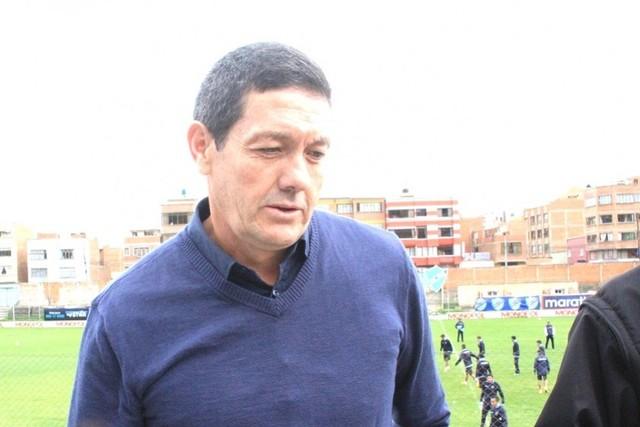 Entrenador Mauricio Soria está otra vez en líos