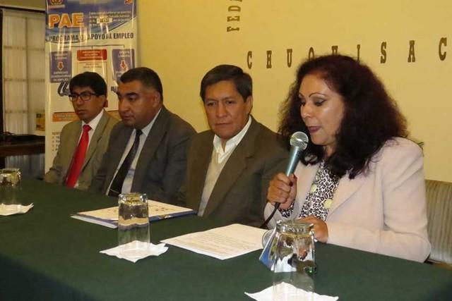 Empresas de Sucre prevén contratar a unos 100 egresados