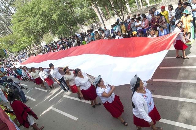 Autoridades nacionales y departamentales rindieron homenaje a Tarija