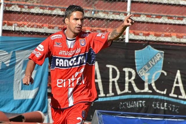 Universitario gana en Potosí y se motiva para la Copa