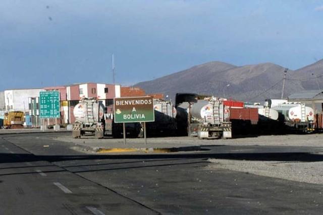Gobierno: No hay camiones varados en Tambo Quemado