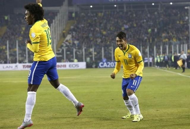 Thiago y Firmino meten a Colombia en cuartos de final
