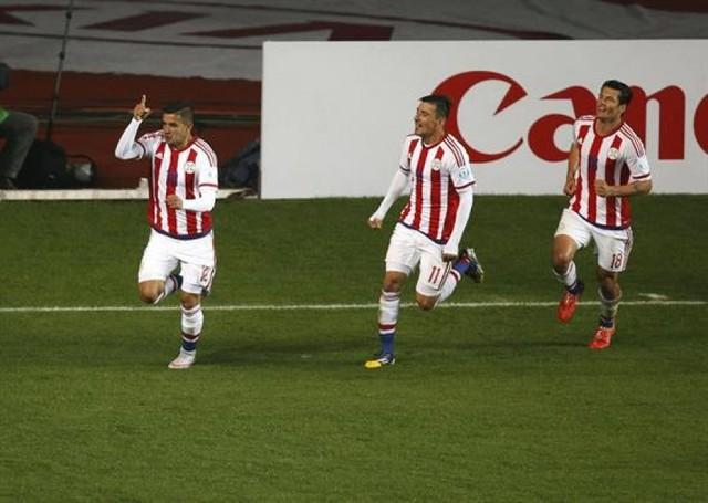Paraguay deja a Brasil y pasa a semifinales