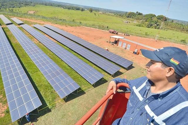 Primera planta de energía solar del país está en Pando