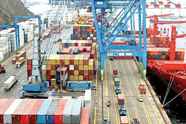 Exportaciones bajan 29% durante primer semestre