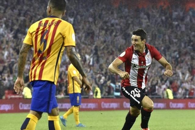El Athletic golea al Barcelona en la ida de San Mamés