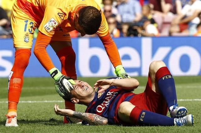 Messi se rompe un ligamento de la rodilla izquierda