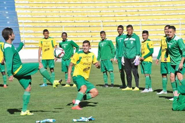 Bolivia prepara un equipo conservador