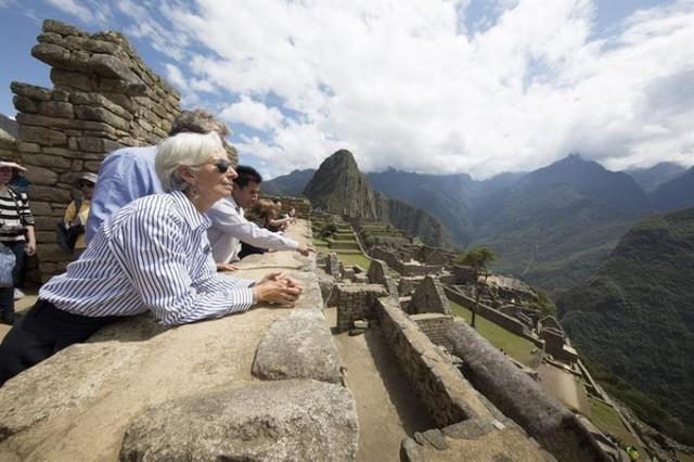 Incendios cerca a Machu Picchu no afectan al turismo, afirman autoridades