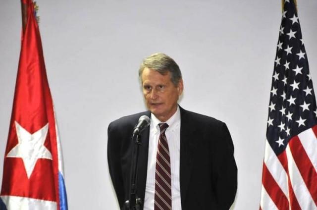 Estados Unidos suspende llegada de emisario ante falta de respuesta de Bolivia