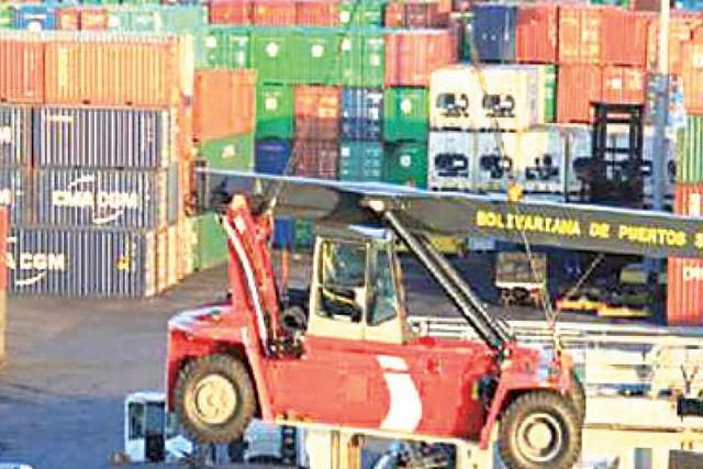 INE: Saldo comercial presenta déficit