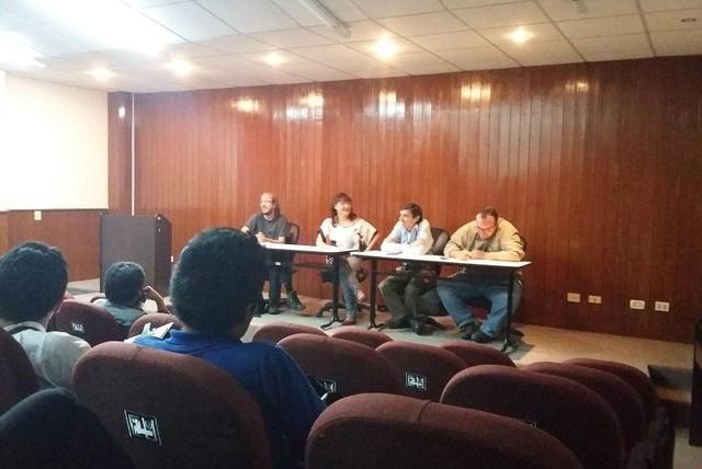 Provechoso encuentro de crónica y periodismo reúne a destacados periodistas