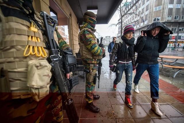 Máxima alerta en Bruselas mientras continúa investigación de atentados París