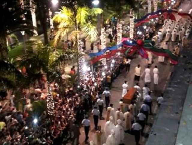 Autoridades, religiosos y ciudadanos le dicen adiós al cardenal Julio Terrazas
