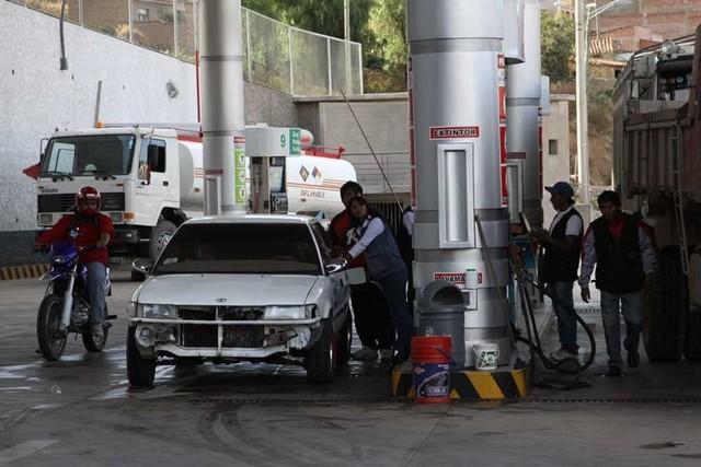 Subvención a carburantes descendió un 55% en 2015
