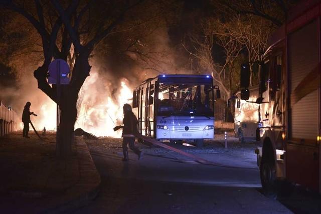 Atentado deja al menos 28 muertos en Turquía