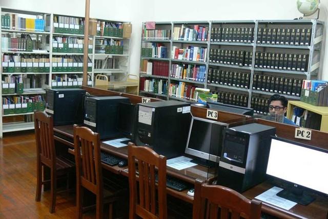 Hoy entregan biblioteca de Huáscar Cajías al ABNB