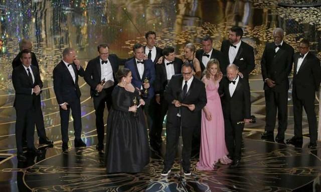 """""""Spotlight"""" gana el Oscar  a la mejor película del año"""