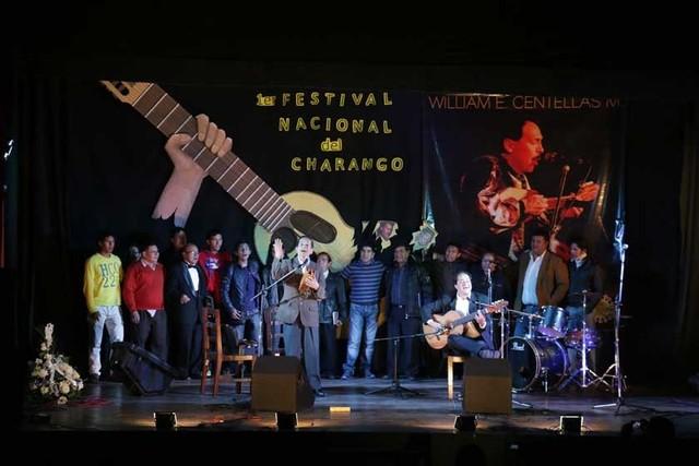 Cavour: Nuestro charango es  el aporte boliviano al mundo