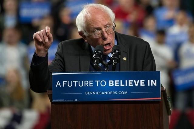 Sanders coge impulso con dos amplias victorias en Washington y Alaska