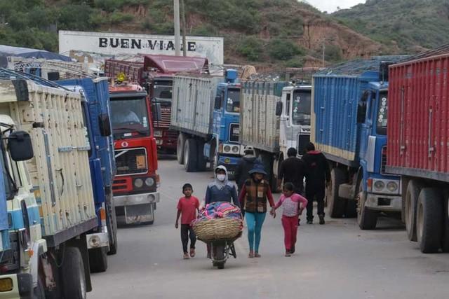 Empresarios piden frenar anunciado bloqueo de vías