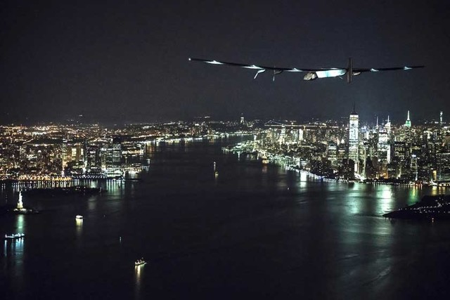 Avión solar aterriza en Nueva York
