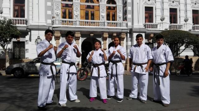 Delegación de karate recibe apoyo para Sudamericano