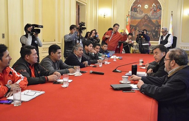 COB y Gobierno rompen diálogo por falta de consenso sobre Senatex