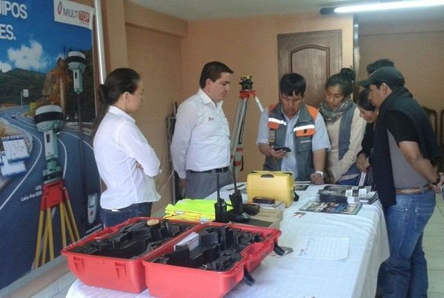 Topógrafos de Chuquisaca realizaron actividades en su día