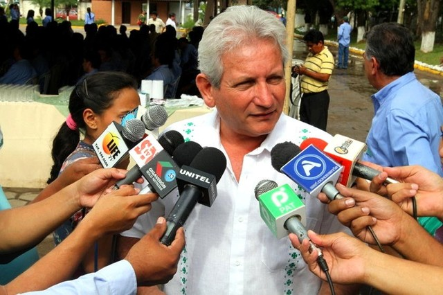 Fiscalía acusa formalmente a Rubén Costas por malversación