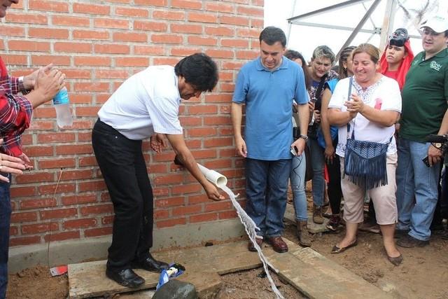 Evo frena construcción de canchas y prioriza proyectos de agua